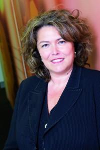 Jeanne Pollès,  (BTS, 3ème cycle de marketing),  présidente de Philip Morris France SAS