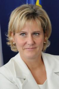 Nadine Morano Ministre chargée de l'apprentissage et de la formation Professionnelle