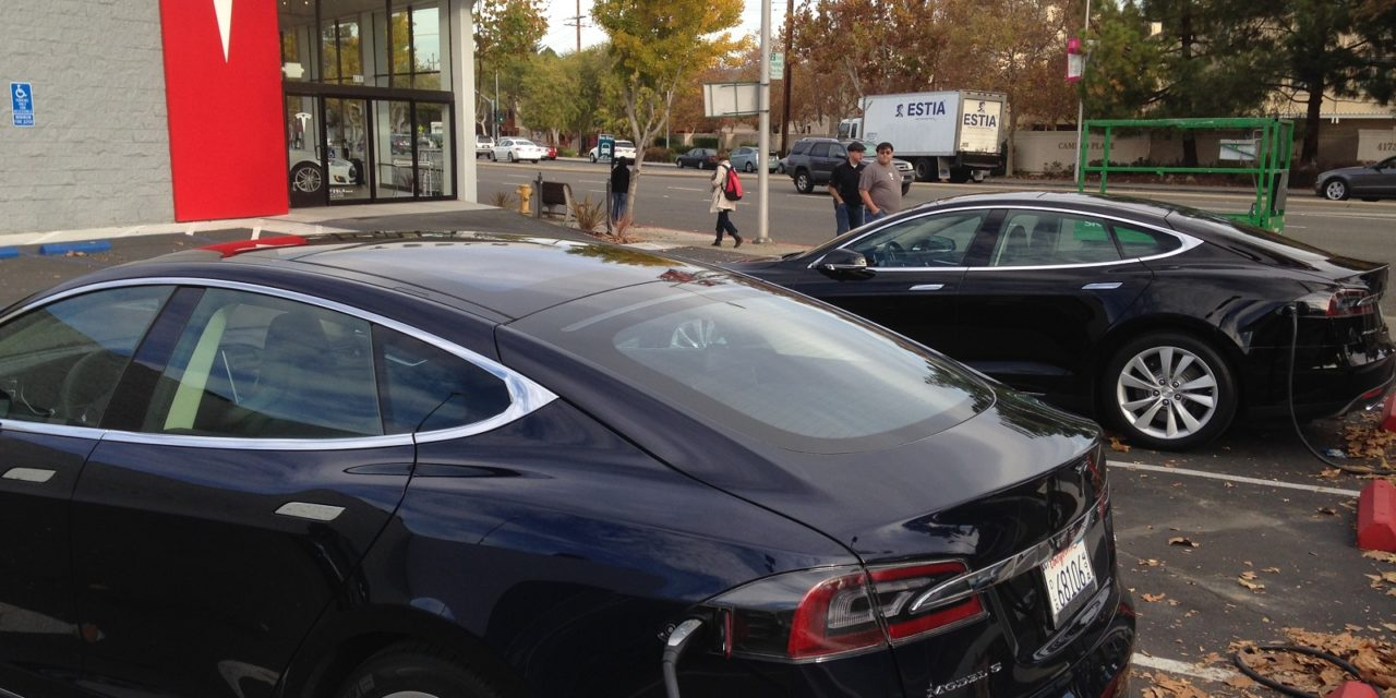 [Episode 14] Tesla, la voiture des geeks qui réussissent dans la Silicon Valley va-t-elle devenir la Ford T 2.0 ?
