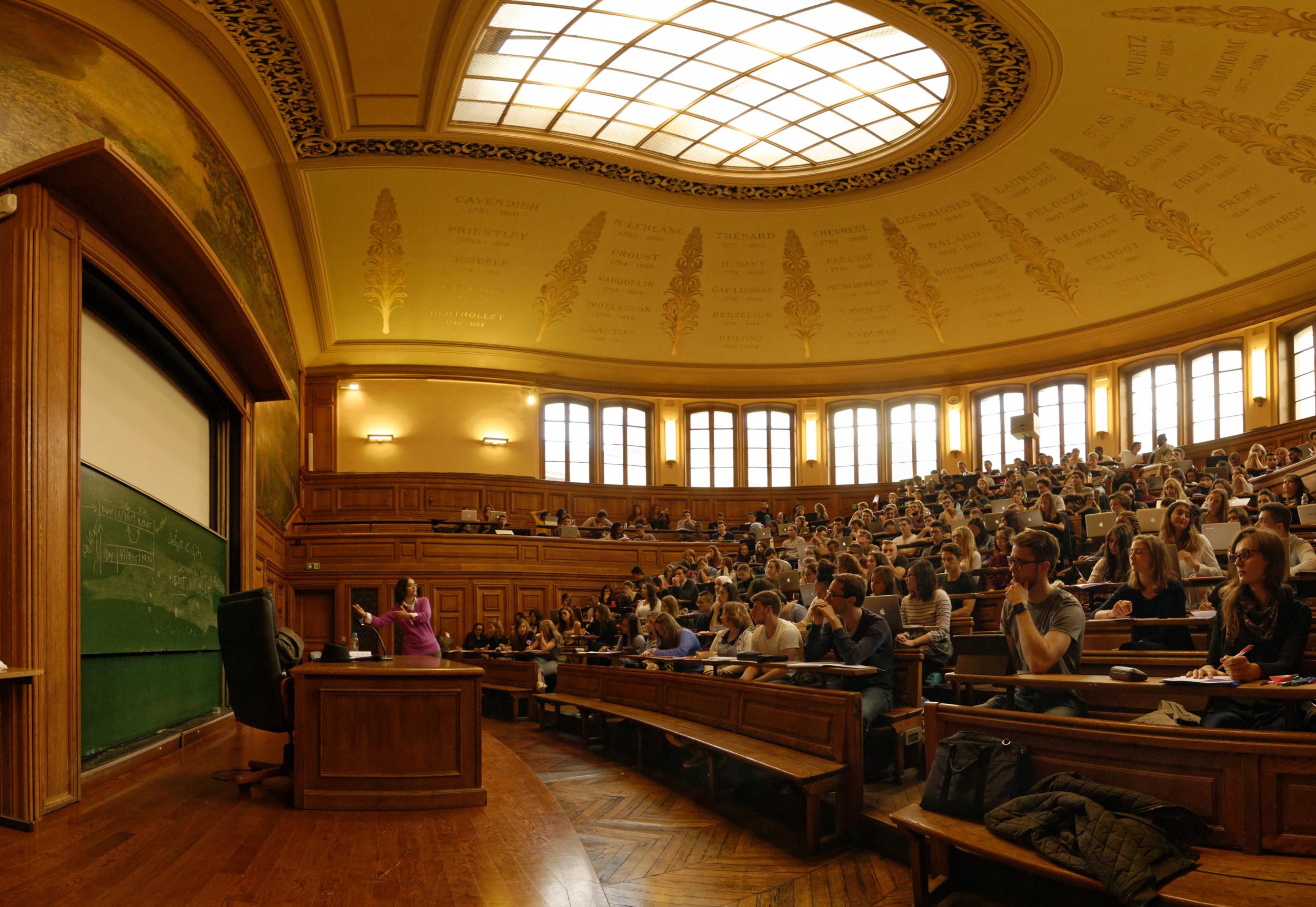 Partage de cours : vers une université plus solidaire ?