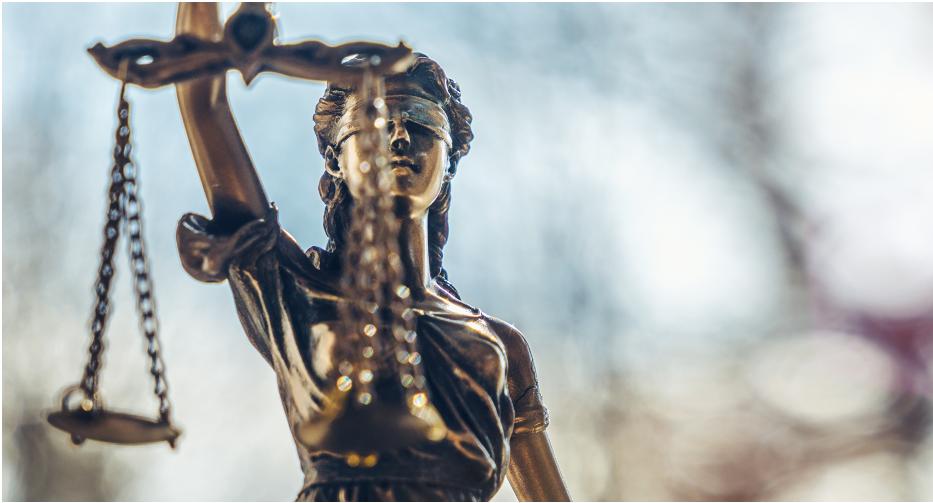 LexisNexis et l'EDHEC Augmented Law Institute unissent leurs compétences pour hybrider et augmenter les savoirs des juristes (c) adobestock