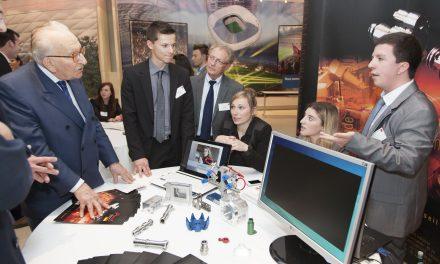 Depuis 30 ans, l'AJE fait connaitre l'entreprise aux jeunes et facilite leur intégration professionnelle