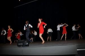 Les étudiants mènent la danse!