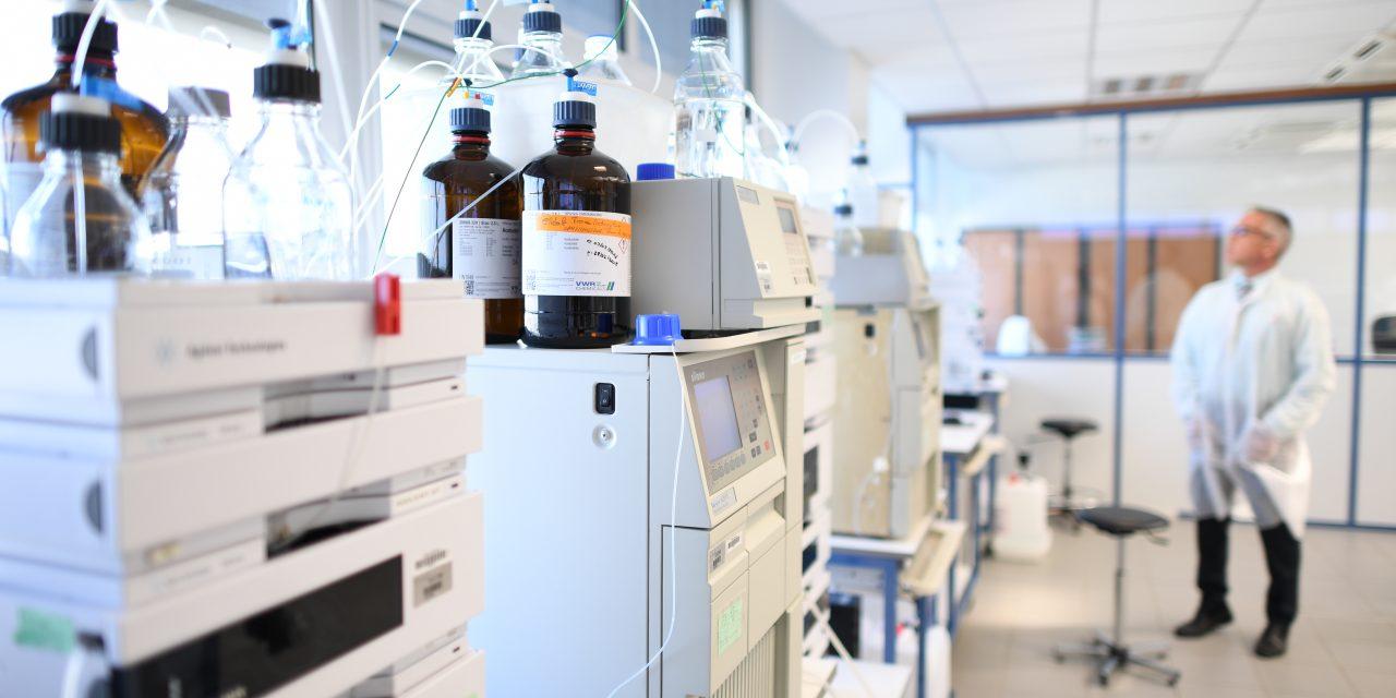 Avec CENEXI, attrapez le virus de la pharmacie !