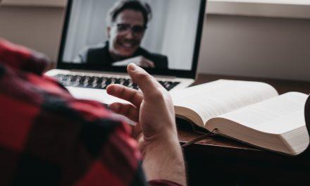 Comment convaincre les recruteurs lors d'un salon de l'emploi virtuel ?