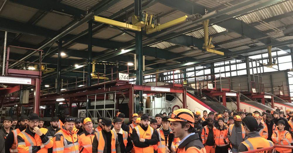 Dans son interview, Loïc Messner, top manager à la SNCF explique combien le fait d'œuvrer au sein d'une entreprise publique aussi experte et agile que la SNCF se révèle épanouissant