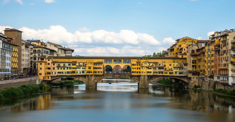 Sup de Luxe s'associe à Polimoda l'institut de mode et de design en Italie (c) unsplash