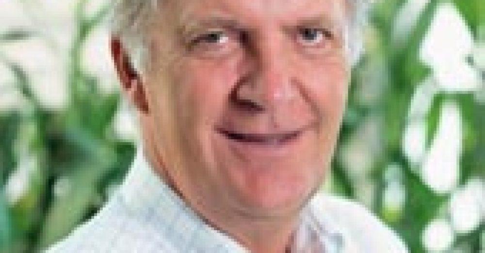 Bertrand Guillot (Paris II-Assas 76), Président des filiales de SFR dans l'Océan Indien