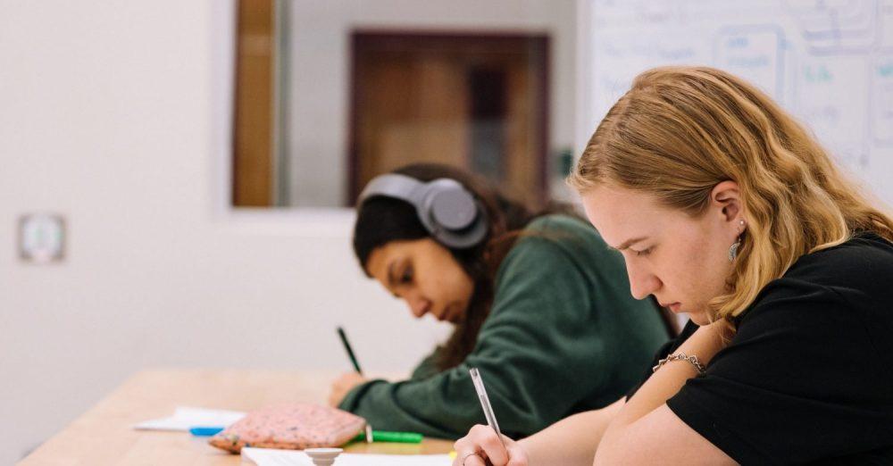 Face au déficit de diversité sociale dans les Grandes Ecoles, MBS s'engage (c) unsplash