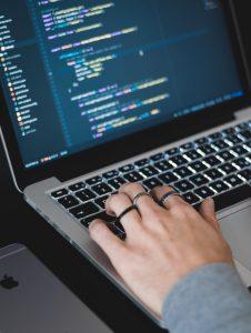 FinTech & métiers en tension : à l'ESILV, 200 étudiants déjà formés à la programmation blockchain