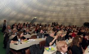 Plus de 200 personnes sont venues assister aux trois tables rondes sur : Valoriser son prof il avec un handicap, La réponse marketing des entreprises face au handicap, et La communication, image et mission handicap des entreprises.