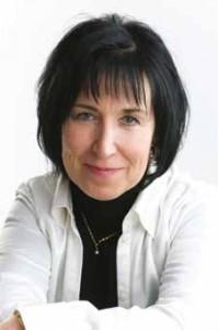 Bernadette Andrietti, Vice-Présidente et Directrice des ventes et du marketing EMEA d'Intel