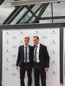 Maxime Le Tellier (à gauche) et Christophe Catoir, CEO d'Adecco France (à droite)