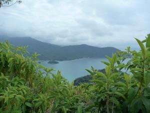Ilha Grande est parsemée de petites criques désertes que l'on découvre au détour d'un chemin où se reposer ou se baigner
