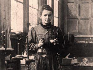 Marie Curie entra au Panthéon en 1995