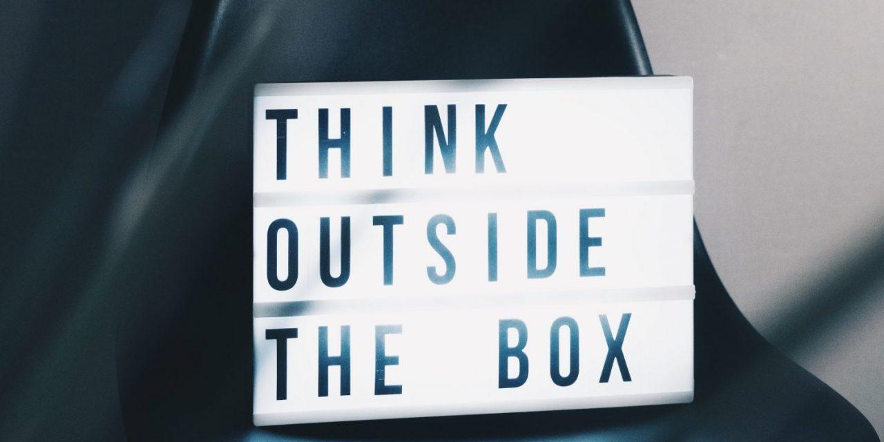 Internet et les réseaux sociaux : un grand défi pour l'esprit critique