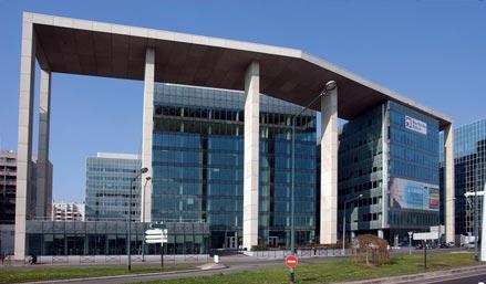 CHEZ Hewlett-Packard, L'INNOVATION EST AU SERVICE DES CONSOMMATEURS ET DES ENTREPRISES