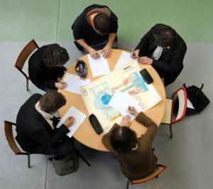 Sylvia Bonnardel anime une table ronde