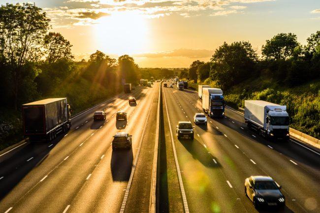 Les 11 secteurs qui recrutent en 2021 - Transport et Logistique