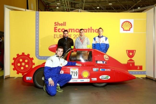 Les étudiants de l'ISEN-Toulon inventent la voiture de demain