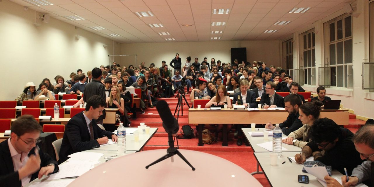 United Debaters of Paris welcomes you to their annual debating tournament, the world famous « Paris Open » !